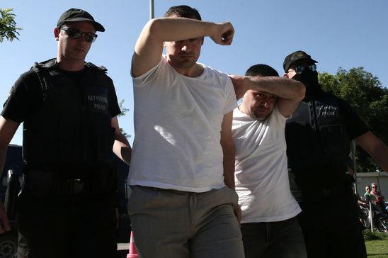 Yunanistan'a kaçan 8 darbeci askerle ilgili şok karar!