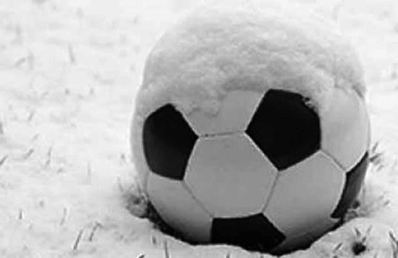 Soğuk futbolu vurdu