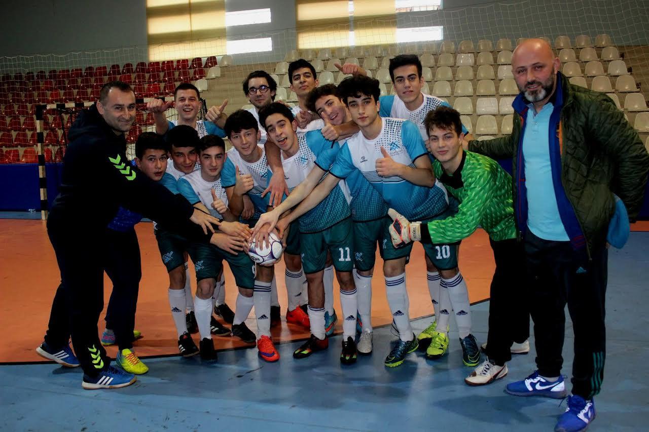 Lise Genç Futsal maçları gollü başladı