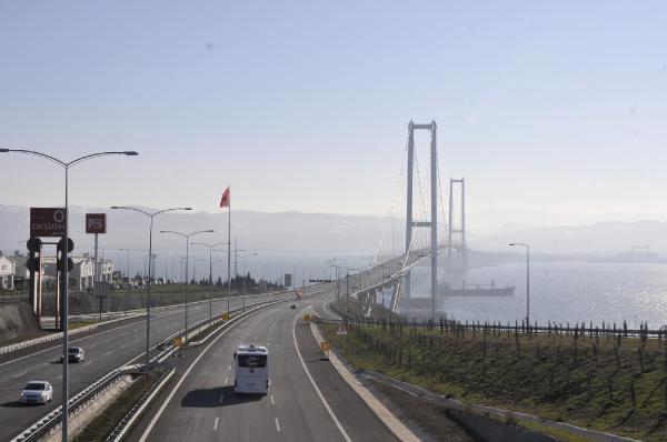 Osmangazi Köprüsü'nden kaç araç geçti!
