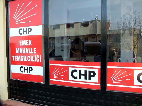 CHP Mahalle Temsilciliğine Taşlı Saldırı!
