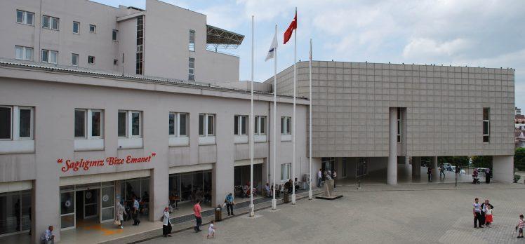 Darıca'da kendini muhtar diye tanıtan kişi sağlık çalışanına saldırdı!