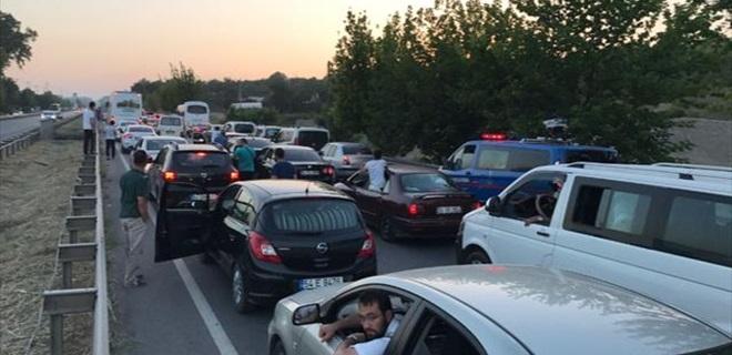 'Adalet Yürüyüşü' ne Trafik Damga Vurgu