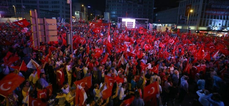 Ankara'da Yürüyüş Başladı!