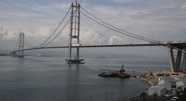 Osmangazi Köprüsü'nde İntihar Girişimi