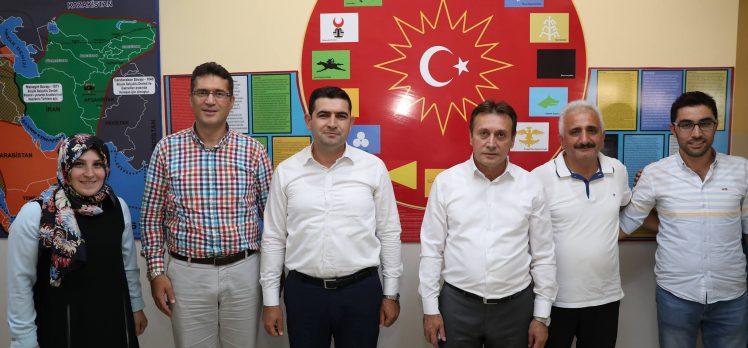 Çayırova Belediyesi'nden Okullara Boya ve Tadilat Desteği
