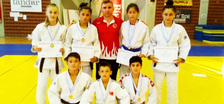 Kağıtsporlu Judocular, Balkanlarda Tarih Yazdı