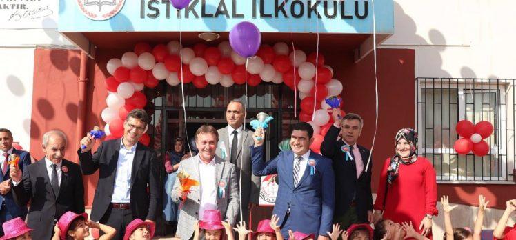 Çayırova'da Okullar İlköğretim Haftası Etkinlikleriyle Eğitim Öğretime Başladı