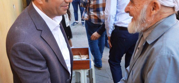 Başkan Toltar, Bayram Namazını Orhangazi Camii'nde Kıldı