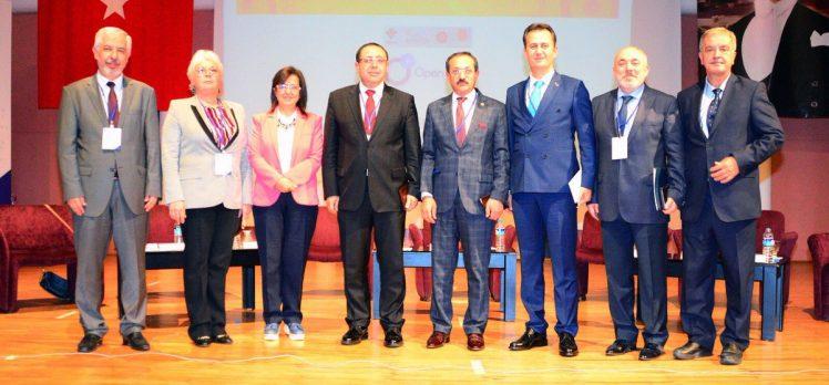 Rektör Prof. Dr. Görgün Açık Erişim Paneli'nde Konuştu
