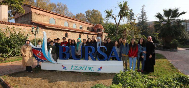 Çayırova'lı Öğrenciler İznik Gezisi İle Tarihe Yolculuk Yaptılar