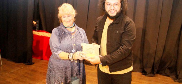 Şehir Tiyatrolarına Direklerarası'ndan Ödül