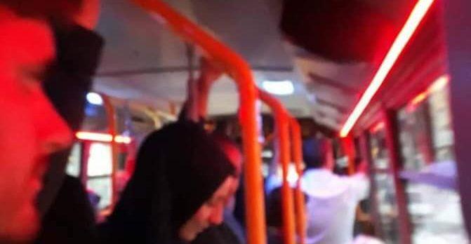 Vatandaşlar Tıka Basa Otobüslerden Şikâyetçi!
