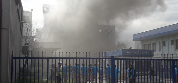 Cam Elyaf Fabrikasında Yangın Çıktı!