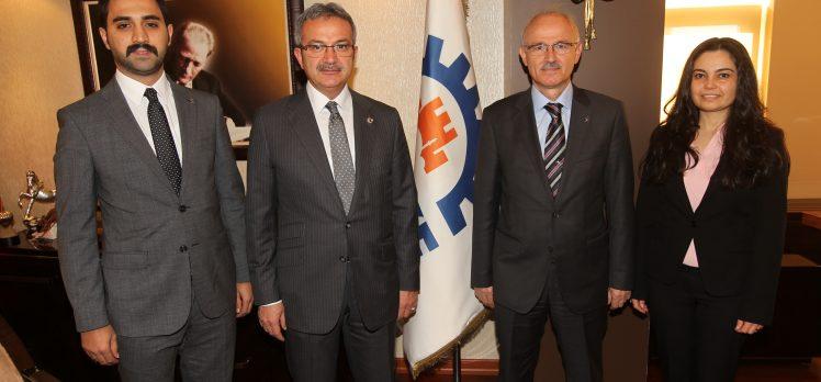 AK Parti Yeni Yönetiminden Başkan Köşker'e ziyaret