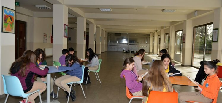 Öğrenciler Edebi Hayat'a hazırlanıyor