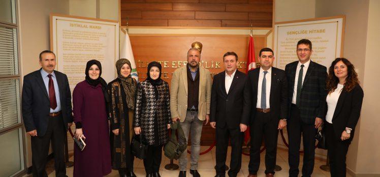 Güvenlik Politikaları Uzmanı, Çayırova'lı öğrencilerle buluştu
