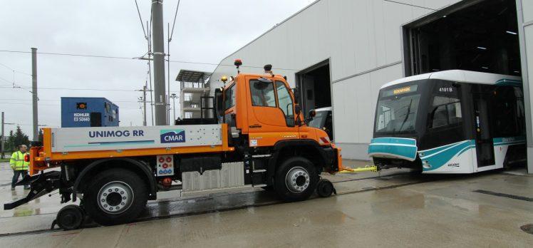 Tramvay için özel kurtarıcı aracı