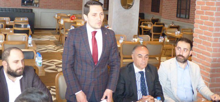 Mehmet Dinç Gebze'de basınla buluştu