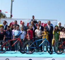 Binlerce öğrenciye bisiklet dağıtıldı!