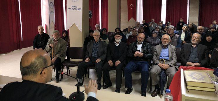 Hacı adaylarına sağlık eğitimi verildi