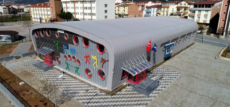 Büyükşehir 1 yılda 16 yapı projesi bitirdi !