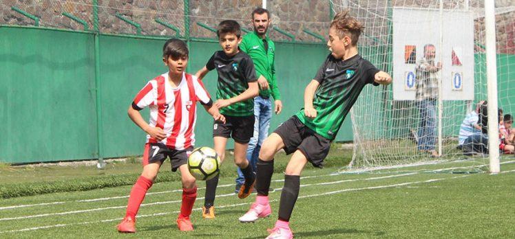 U-14 Lig Play-Off ilk tur maçları 7 ve 9 Ocak'ta