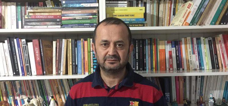 """Yaşar Çakmak'tan """"çok kitap okuyun"""" çağrısı!"""