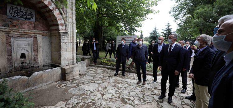 """Başkan Büyükakın, """"Fatih Sultan Mehmet'in emanetine sahip çıkıyoruz"""""""