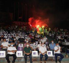 Gebzespor Taraftarından Başkan Büyükgöz'e Sevgi Gösterisi