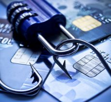 Siber dolandırıcılar, bu kez kartlara göz dikti
