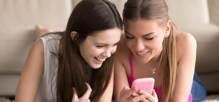 8 saat online kaldık, 3 saat sosyal medyada vakit harcadık