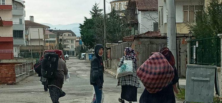 Kartepe'de bohçacılar sınır dışı edildi