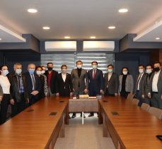 SP Kocaeli'den CHP Kocaeli'ye ziyaret