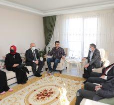 Darıca'da anlamlı 8 Mart ziyaretleri