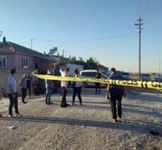 İki aile çatıştı, 2 yaşındaki çocuğu vurdular