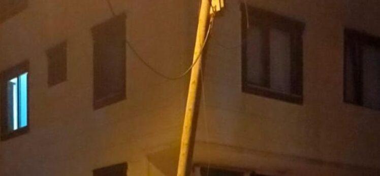 Bir cana mal olmadan Türk Telekom bu direğe müdahale etmeli