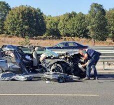 Otomobil ile kamyon çarpıştı: 1 ölü, 4 yaralı